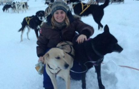 מלכות השלג, נועה חיסדאי נהגת כלבים בקוטב